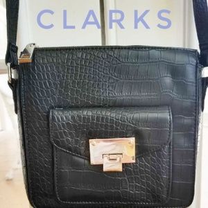 EUC Black Clarks Vegan Croc Crossbody
